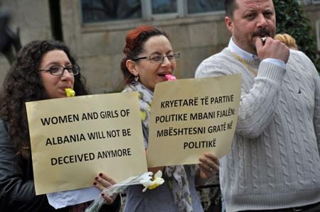 Albanien 8:e mars