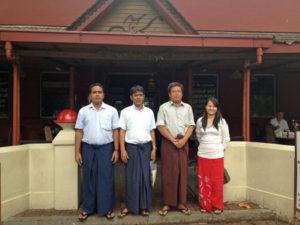 U Myint Aye och kollegor vid Human Rights Defenders and Promoters.
