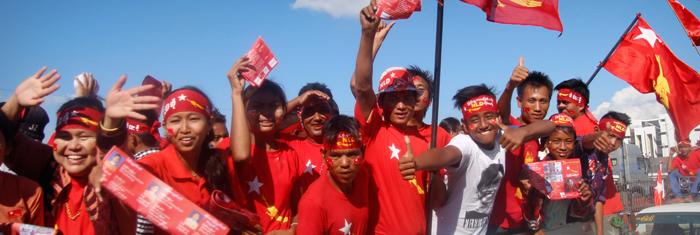 NLD håller valmöte i Mandalay. Foto: Palmecentret