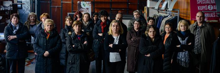 Handelsanställda i Sarajevo ockuperar sin arbetsplats. Foto: Irfan Redzovic.